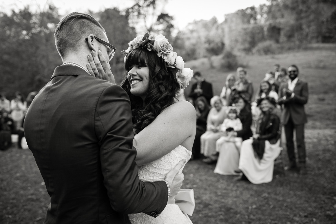 blacksburg virginia wedding kiss outdoors