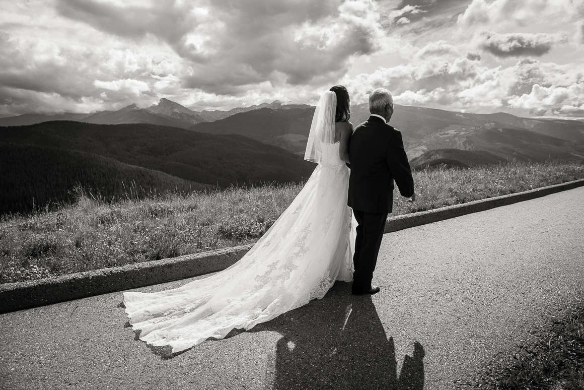 vail mountain colorado horizon bride father wedding photography
