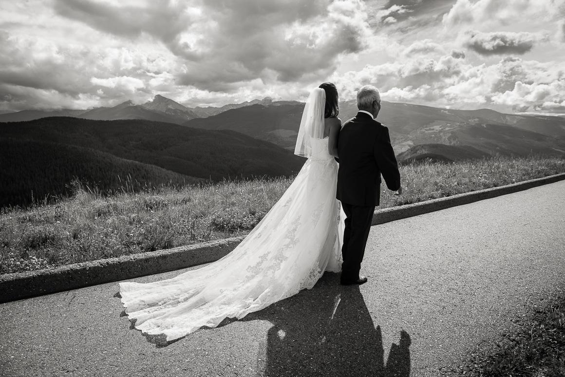 vail mountain colorado horizon bride father wedding photography