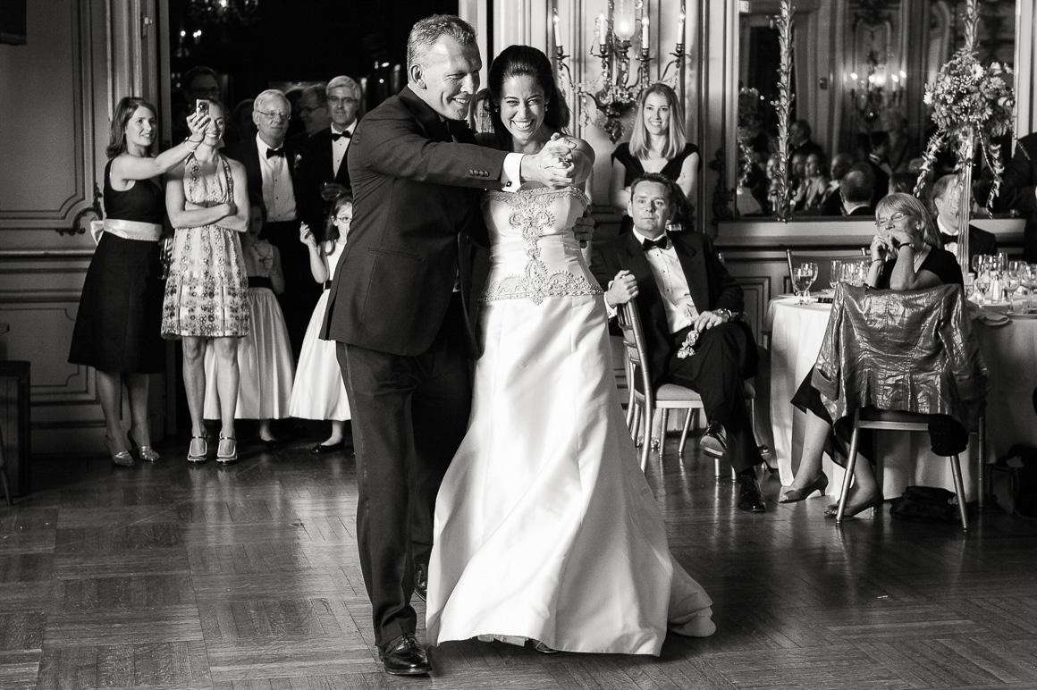 candid wedding cosmos club dance