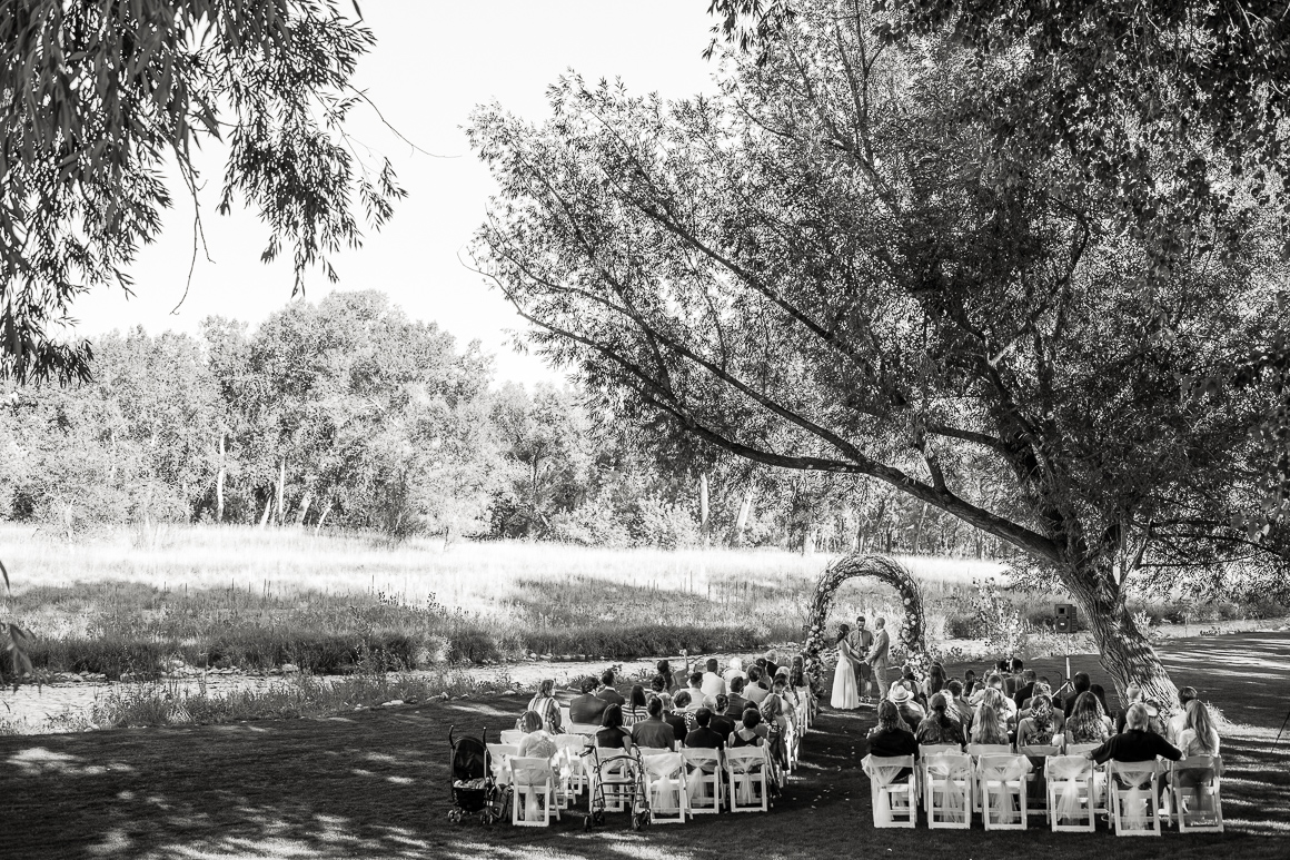 Scene of a country wedding in Longmont Colorado.